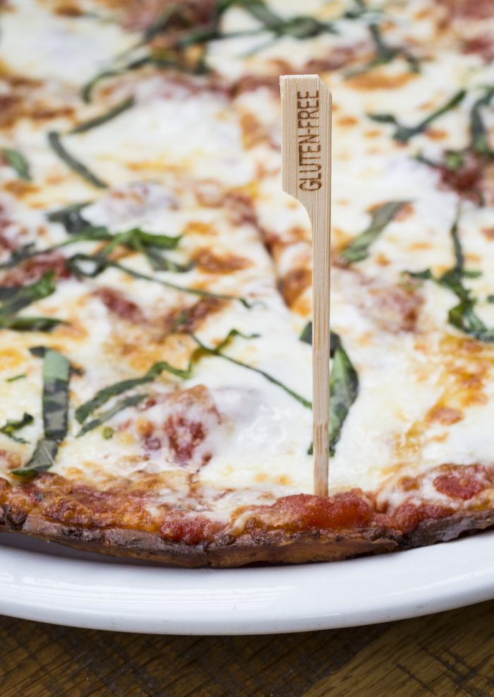 Lynnfield Restaurant Rolls Out Cauliflower Pizza We Try