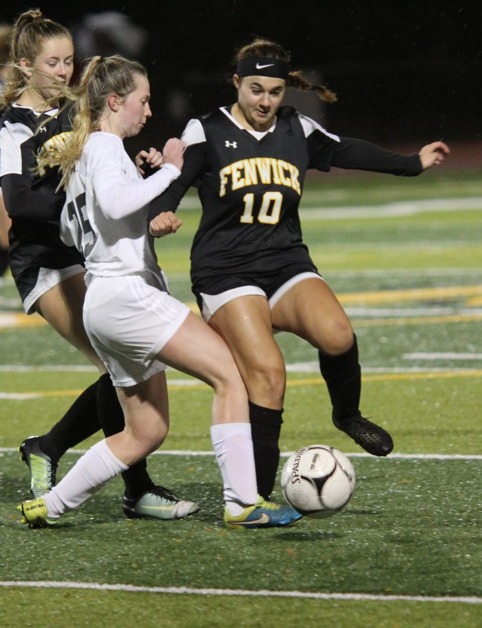 Fenwick girls soccer closes out the season with loss to Stoneham in Div. 3 North quarterfinals - Itemlive - Daily Item